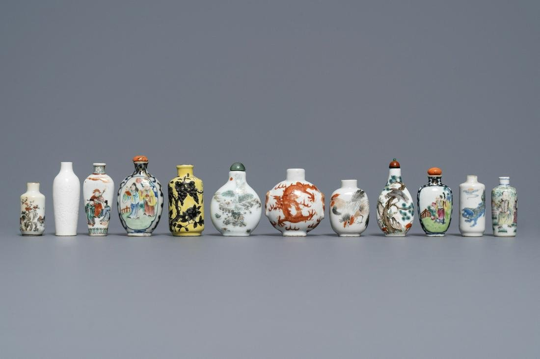 Twelve Chinese famille rose and verte porcelain snuff