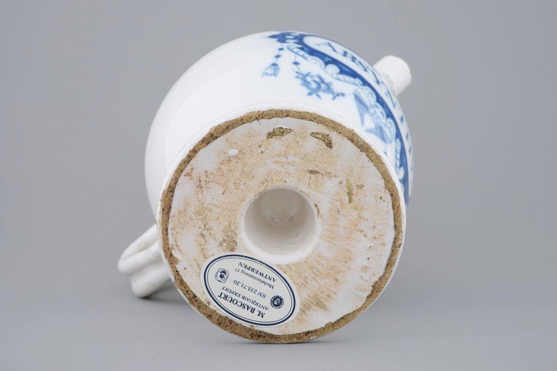 "A blue and white Dutch Delft wet drug jar ""Absinthe"", - 7"
