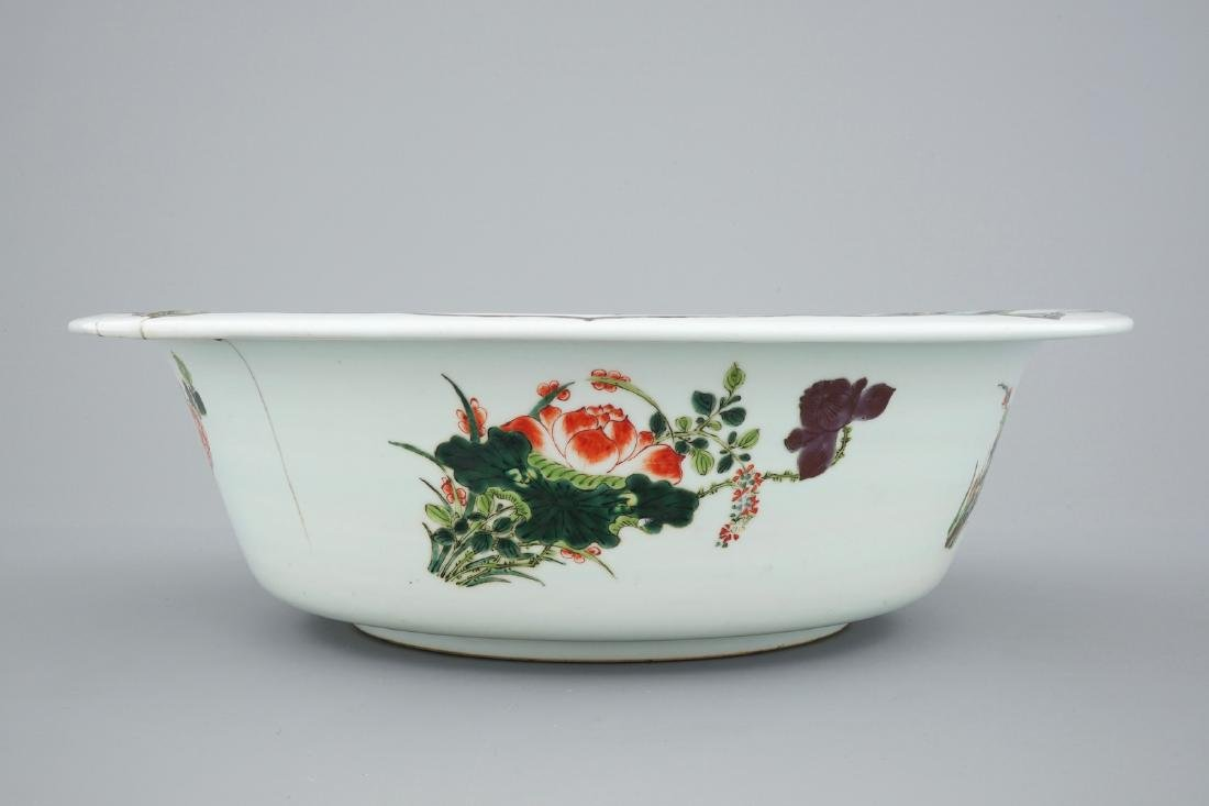 A very large Chinese famille verte bowl, 19/20th C. - 4