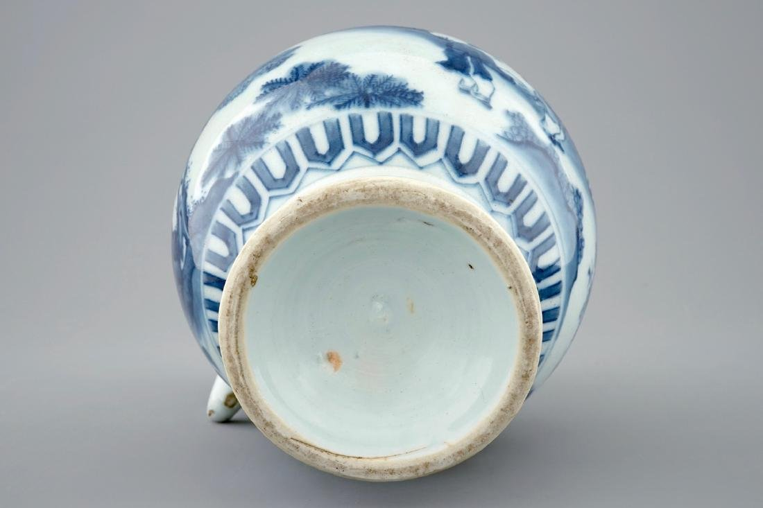 A blue and white Chinese jug, Transitional period, - 3