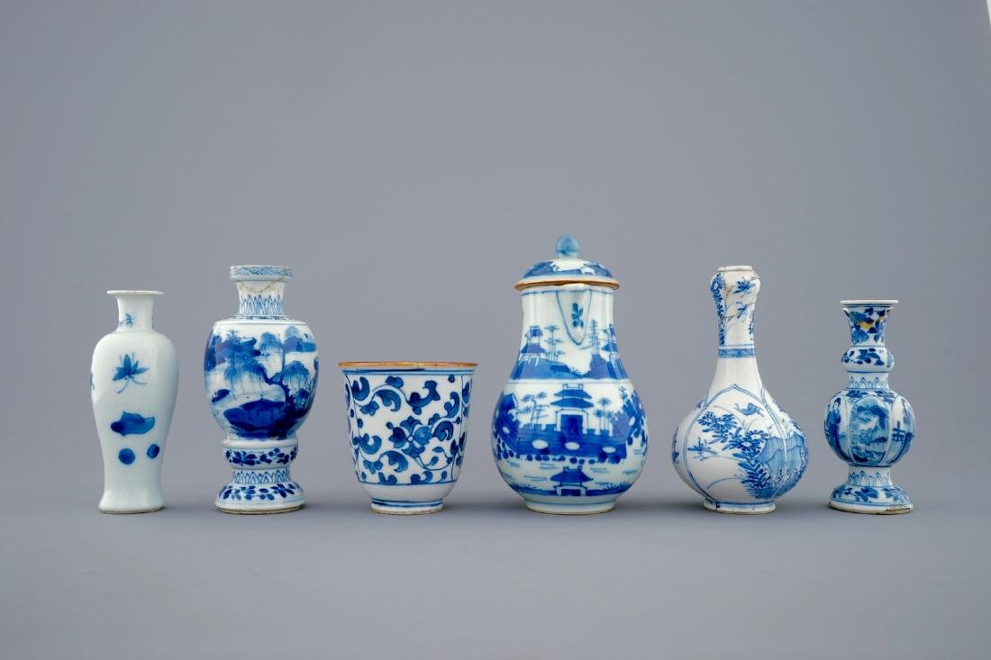 A set of 6 various blue and white Chinese vases and - 2