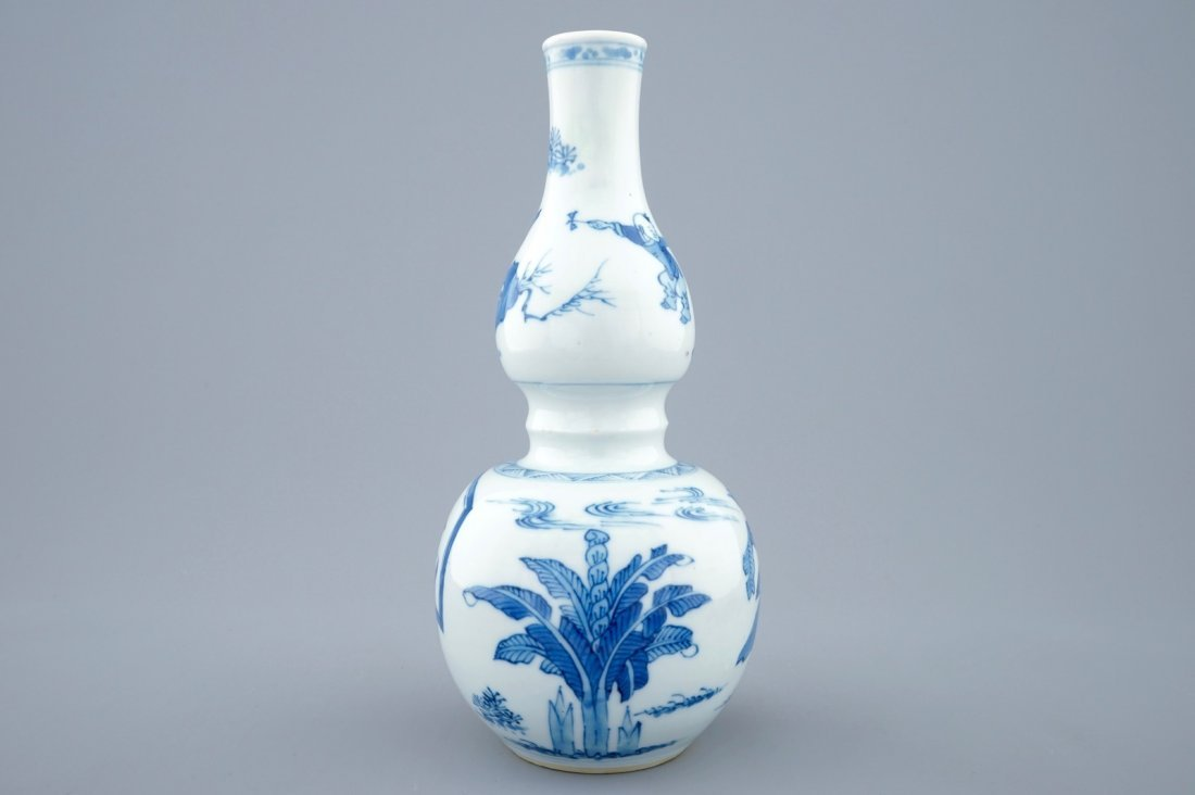 A Chinese blue and white double gourd vase, Kangxi - 2