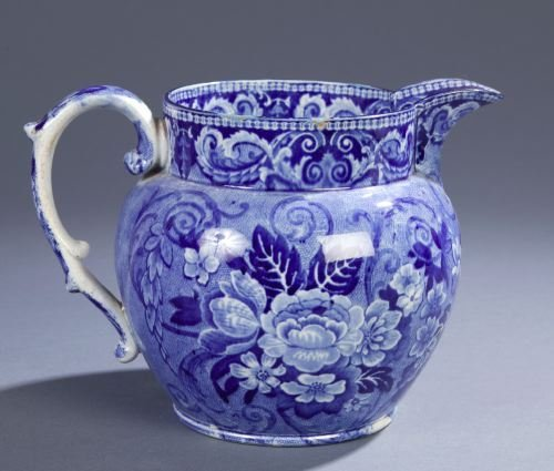 9: AN ENGLISH TRANSFER PRINTED BLUE & WHITE JUG 19th C