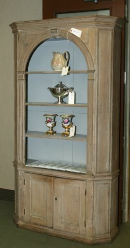 287: AN AMERICAN PAINTED PINE CUPBOARD Ca. 1820 The o