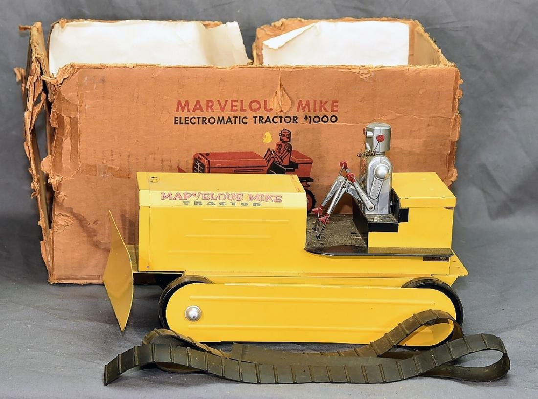 Marvelous Mike Robot Crawler Tractor w/Box