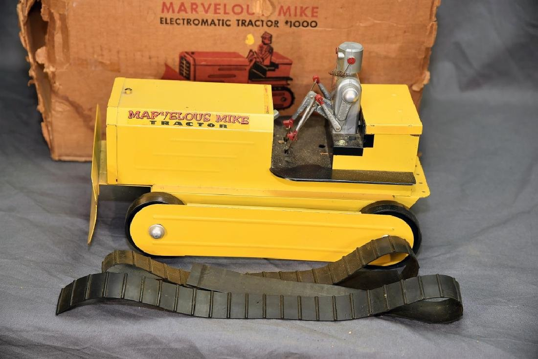 Marvelous Mike Robot Crawler Tractor w/Box - 2