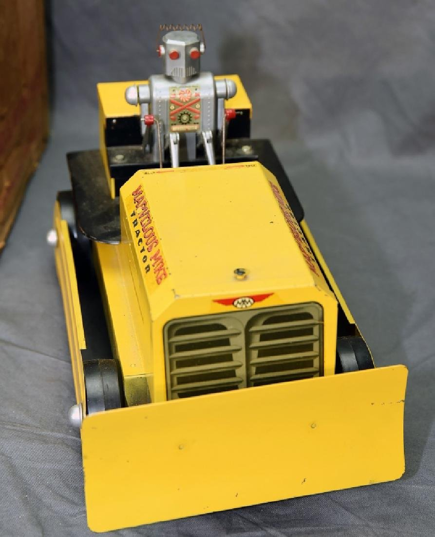 Marvelous Mike Robot Crawler Tractor w/Box - 3