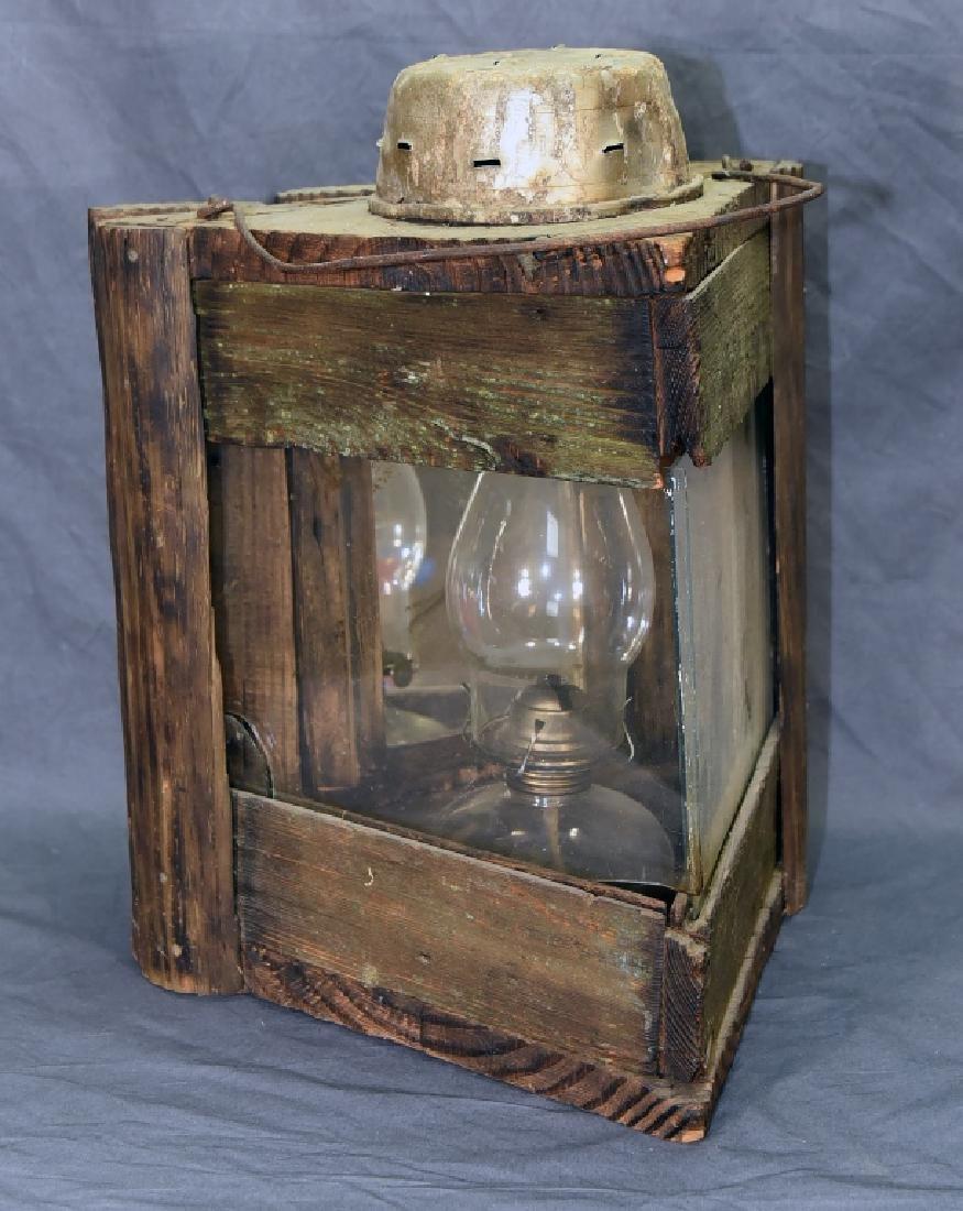 Primitive 3 Sided Duck Hunting Lantern w/ Oil Lamp