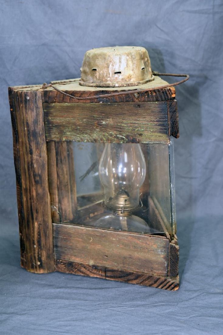 Primitive 3 Sided Duck Hunting Lantern w/ Oil Lamp - 2