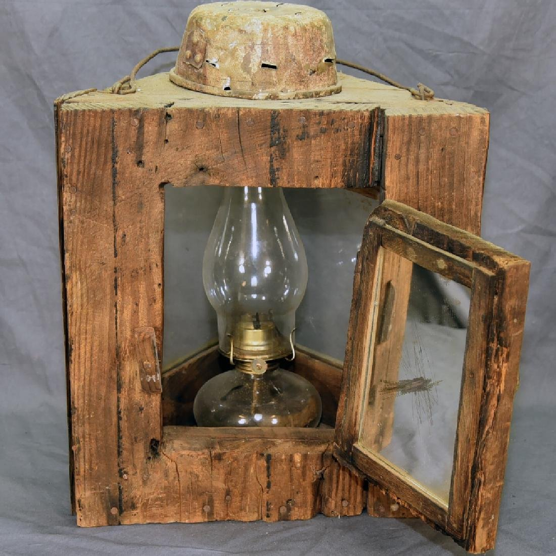Primitive 3 Sided Duck Hunting Lantern w/ Oil Lamp - 5