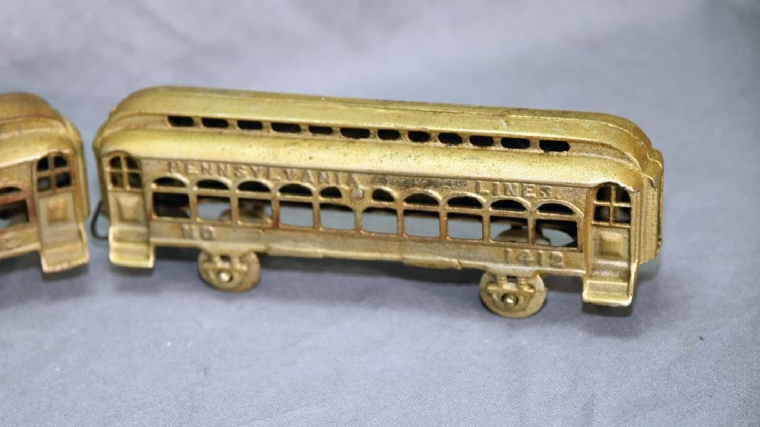 3 Cast Metal Pennsylvania Lines Toy Train Cars - 4