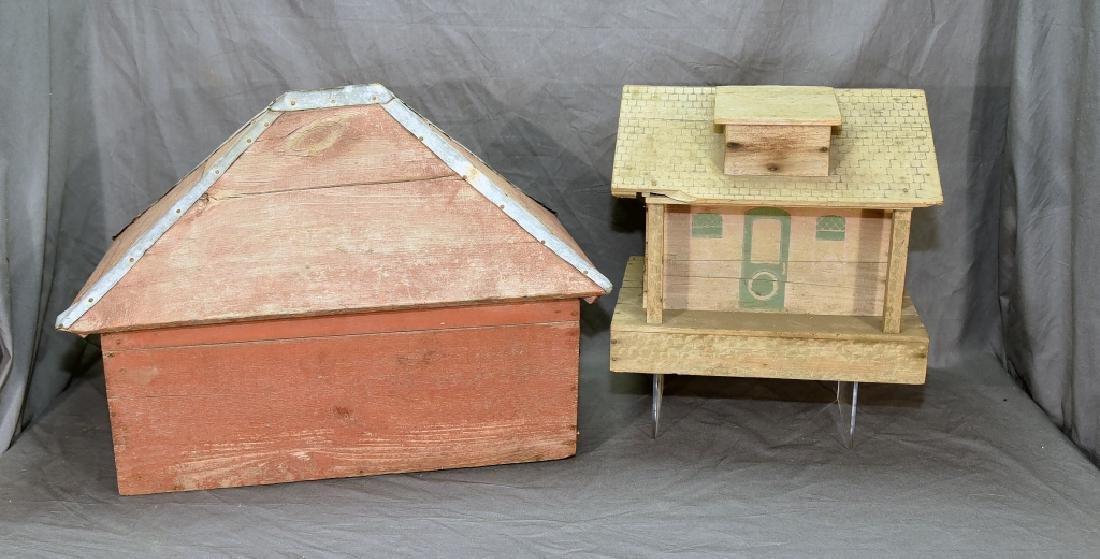 Wooden Farmhouse and Barn Set