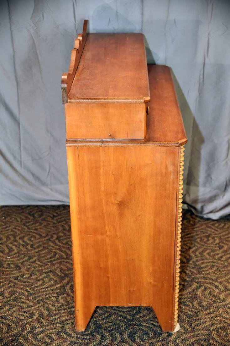 5 Drawer Pine Empire Dresser with Spool Decoration - 3