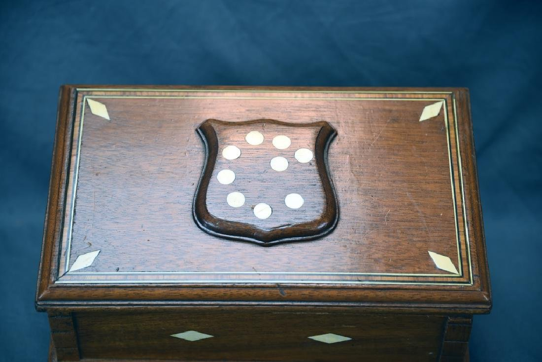 19th Century Bone Inlaid Dresser Box - 3