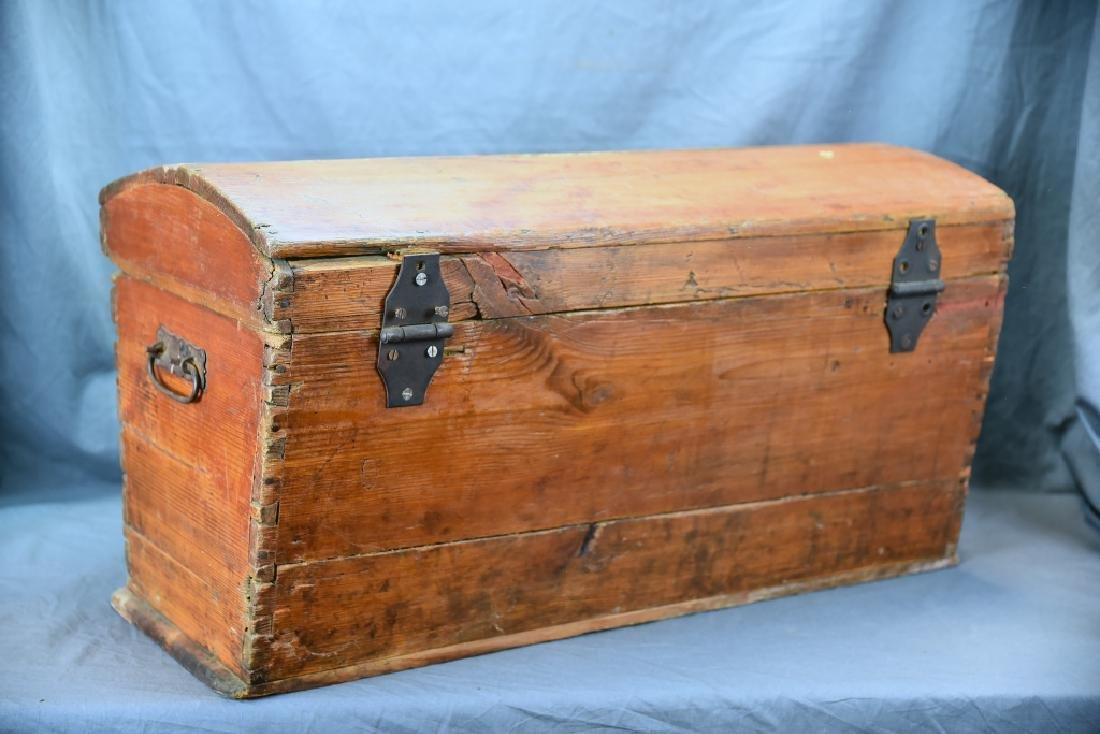 Pine Curved Top Trunk - 5