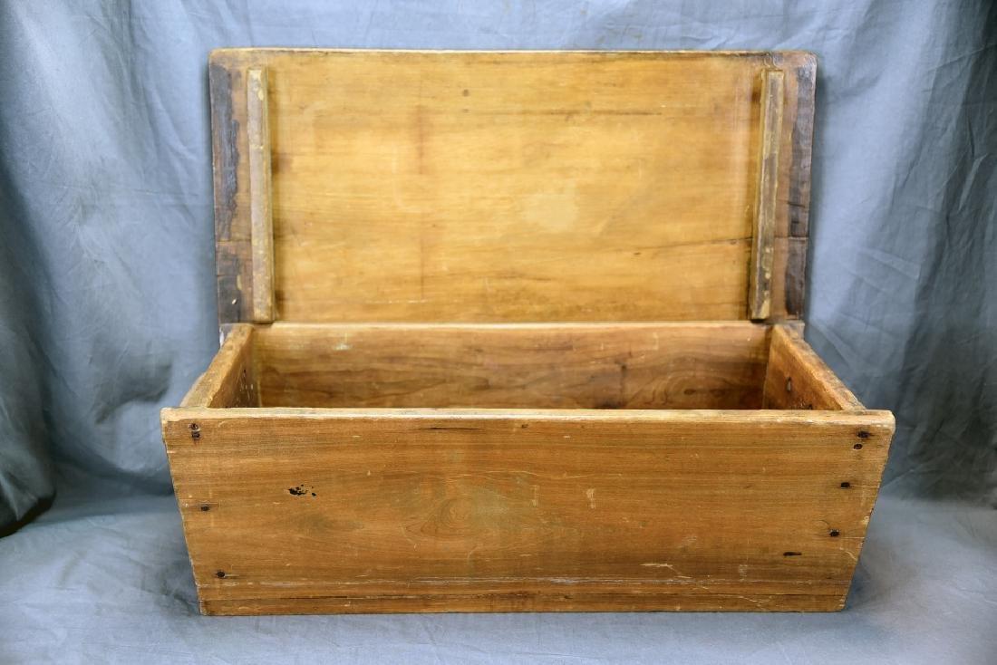 Primitive Dough Box with Cover - 2
