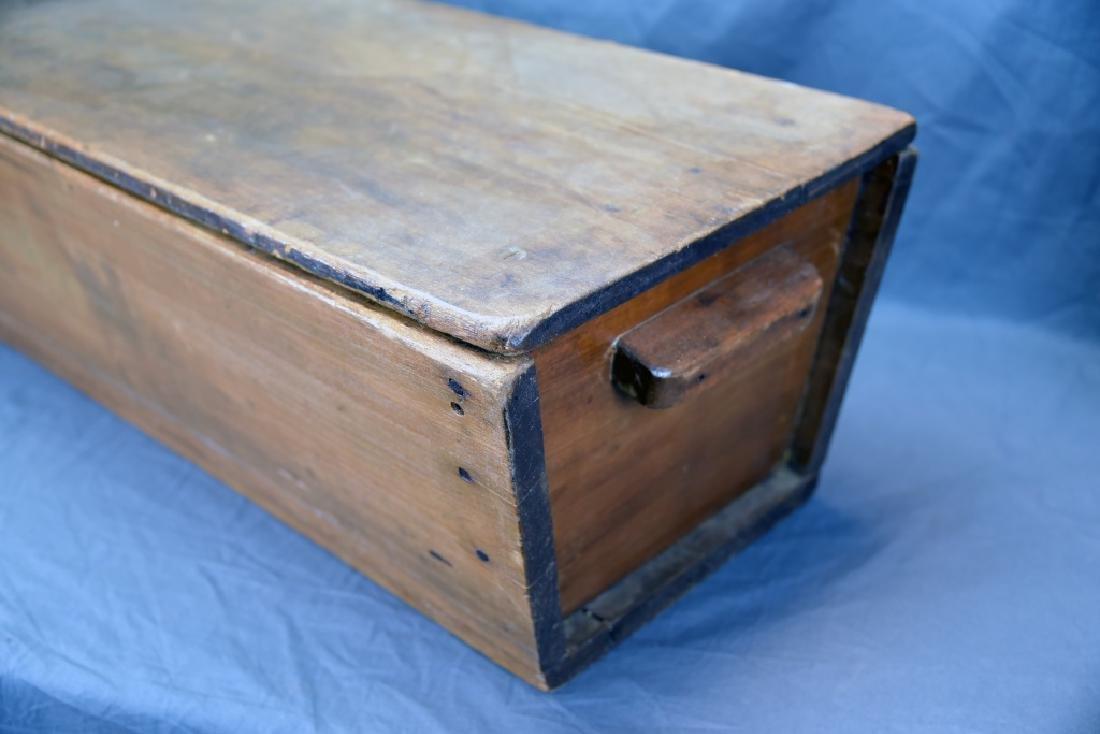 Primitive Dough Box with Cover - 3