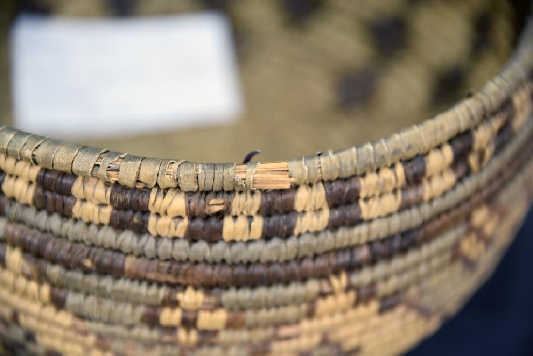 Large Native American Coil Basket - 4
