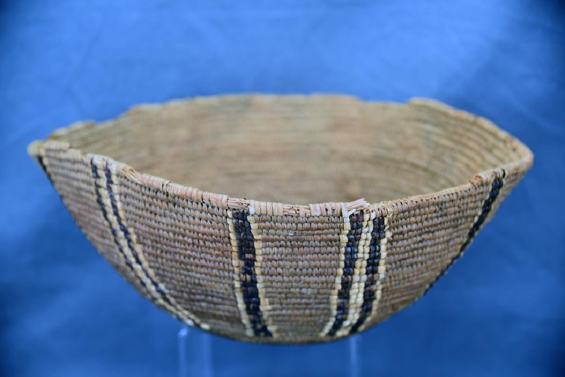 2 Southwest Native American Baskets - 4