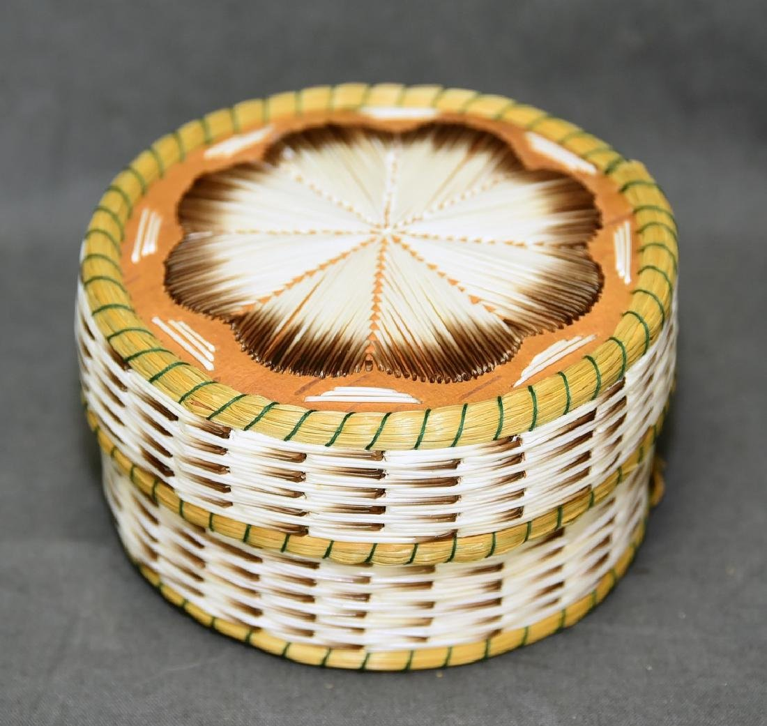 Iroquois Porcupine quill box