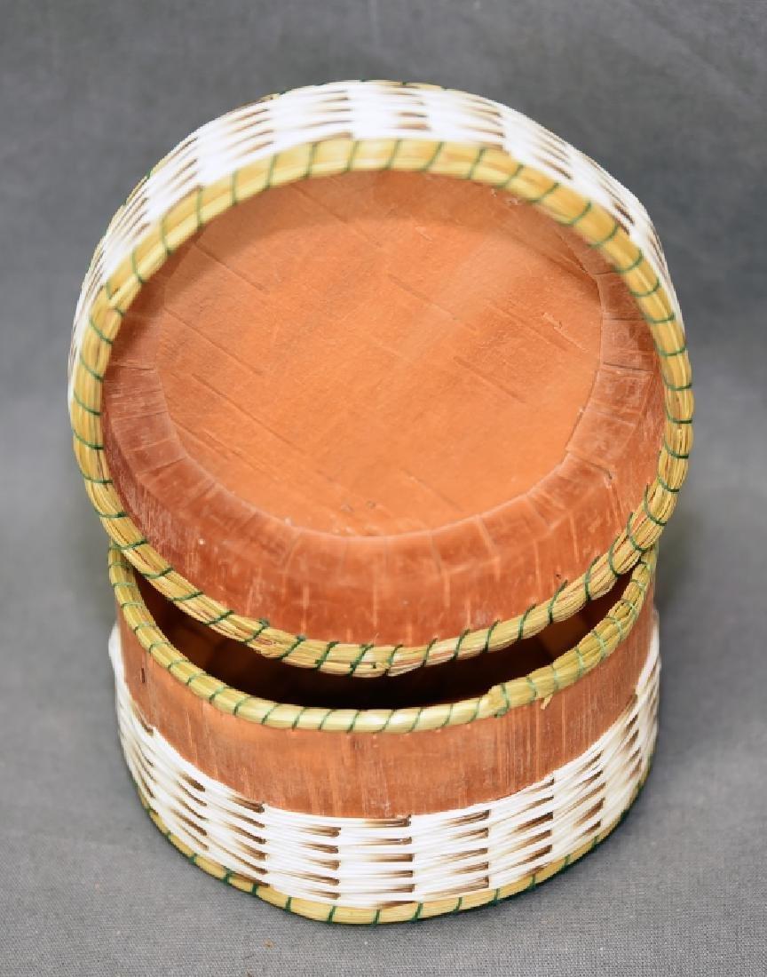 Iroquois Porcupine quill box - 4