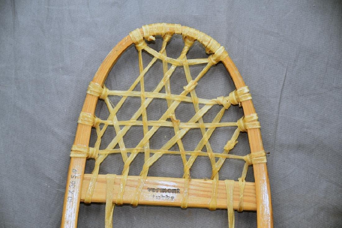 Pair Vermont Tubbs Snowshoes - 3
