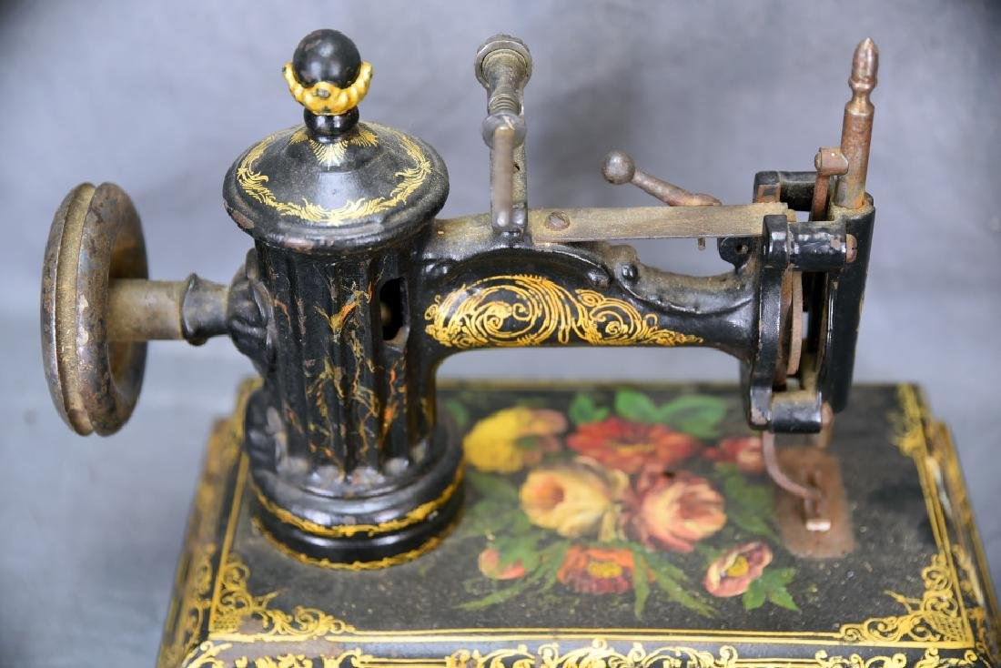 Ornate Cast Iron Table Top Sewing Machine - 3