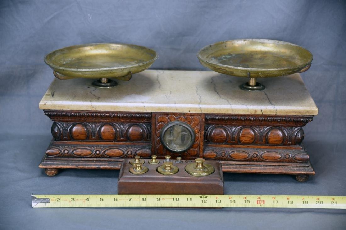 Oak Antique Balance Scale WP Hock Chicago, Weights - 2