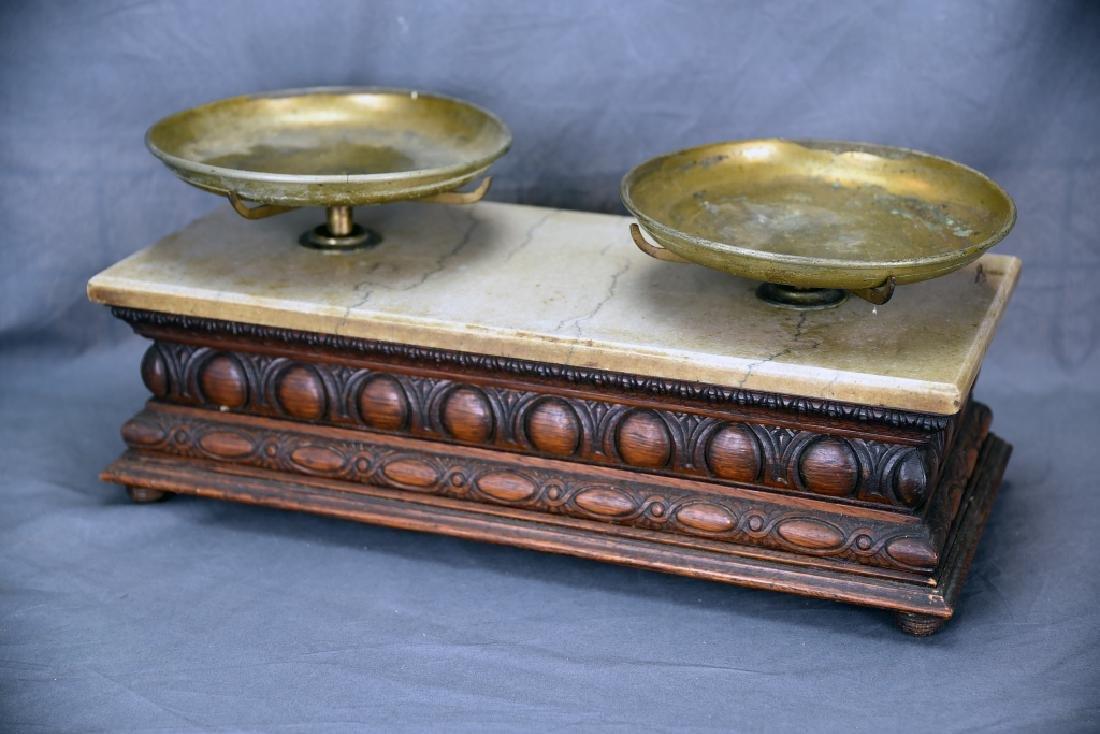 Oak Antique Balance Scale WP Hock Chicago, Weights - 5