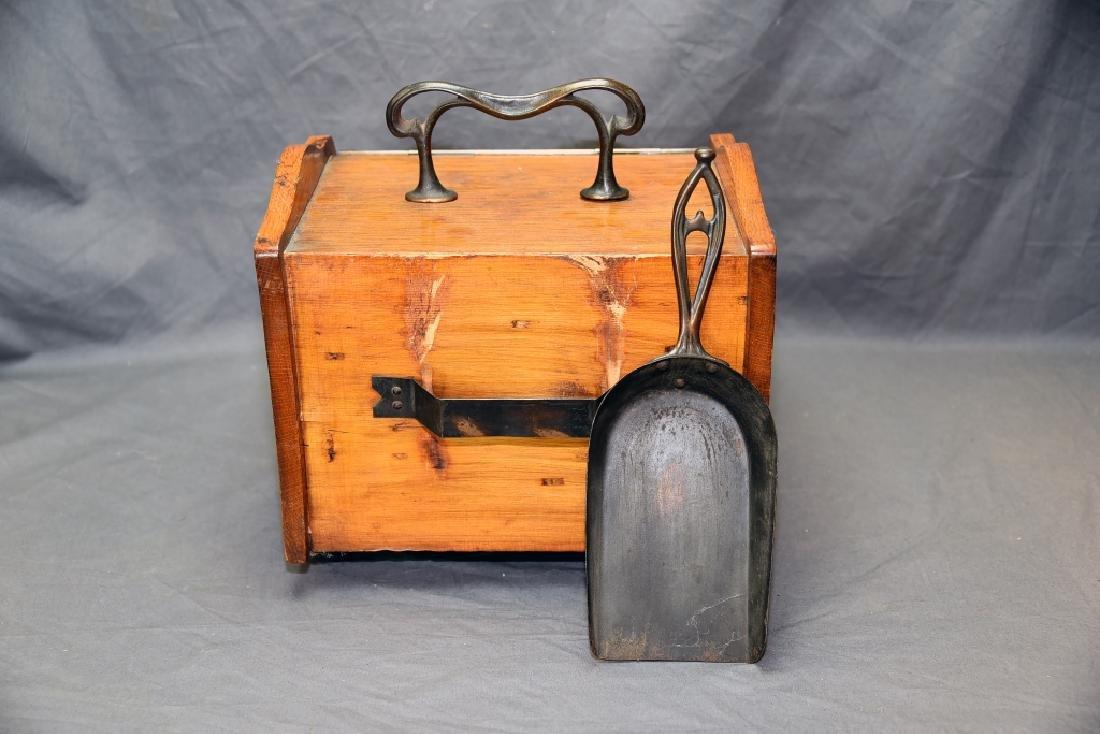 Art Nouveau Oak Coal Scuttle - 6