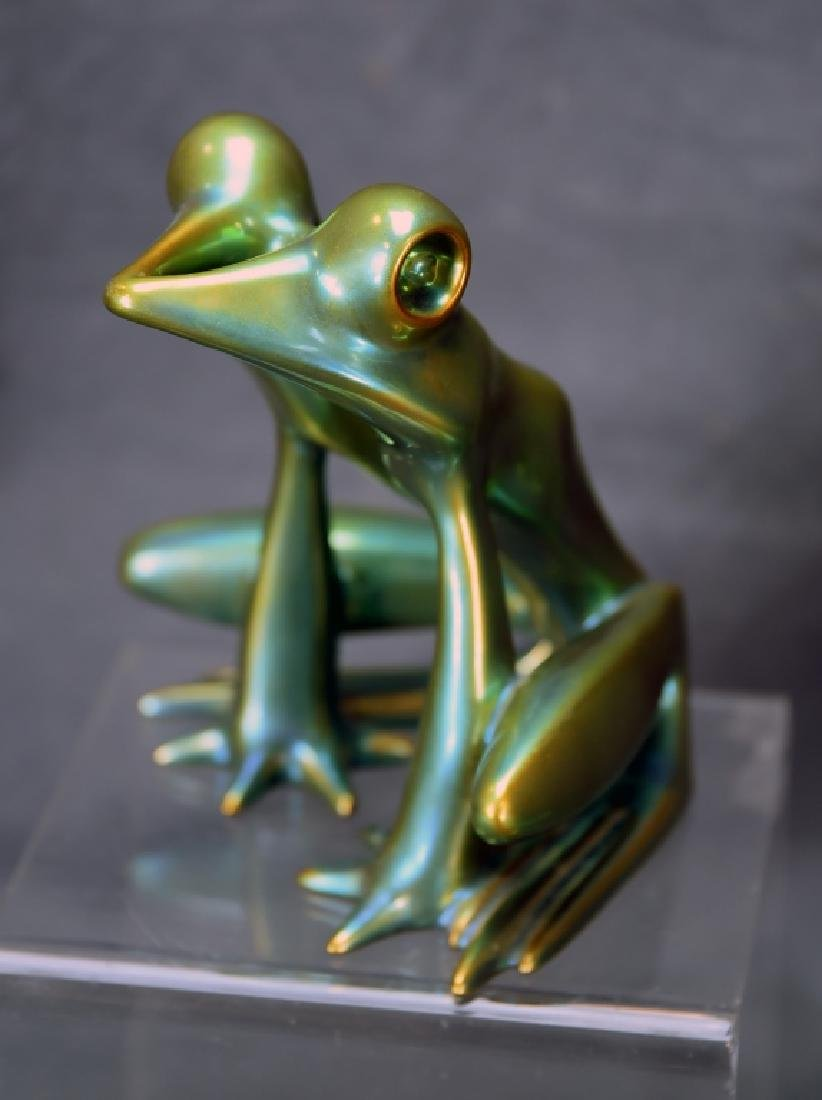 Zsolnay Eosin Irridescent Pottery Frog