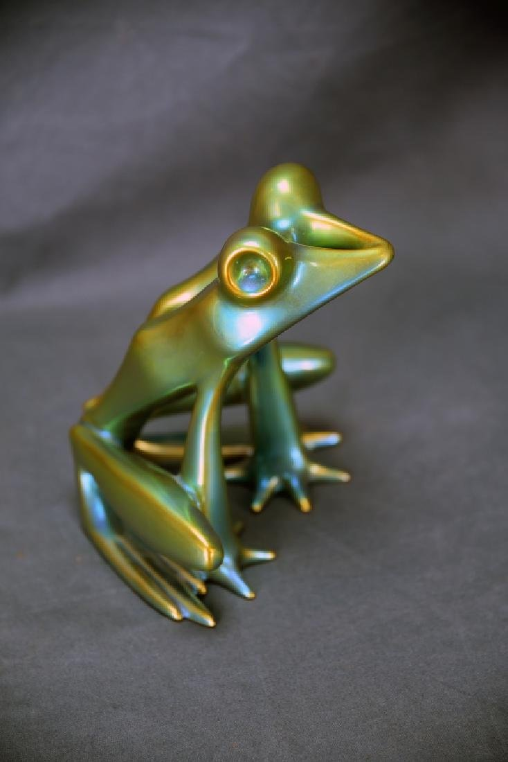 Zsolnay Eosin Irridescent Pottery Frog - 3