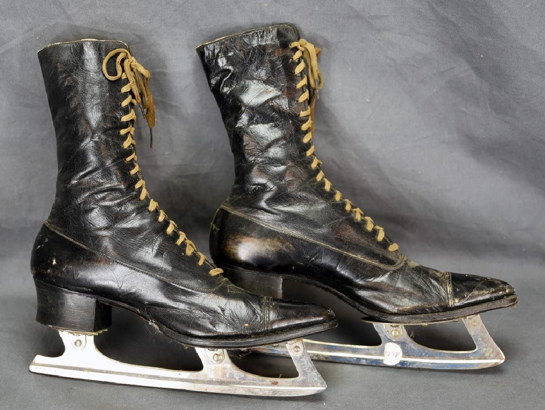 Victorian High Top Lace-up Ladies Ice Skates