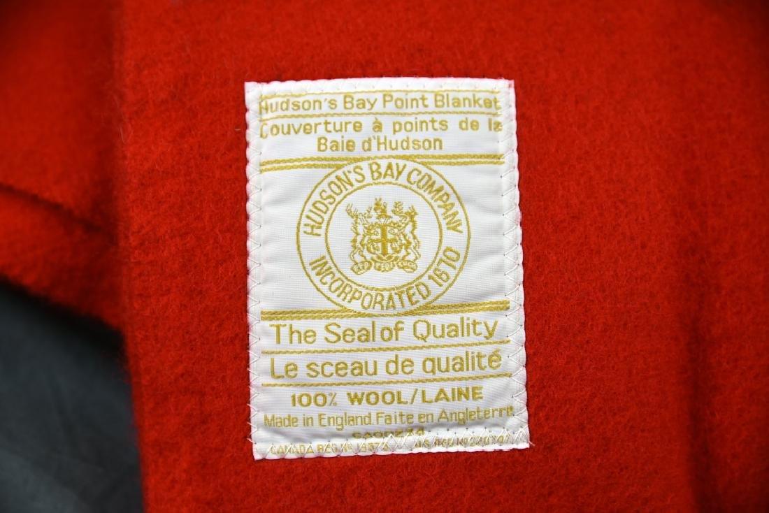 Red Hudson Bay 4 Point Full Size Blanket - 2