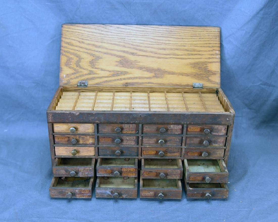 Small 20 Drawer Oak Jewelers Cabinet