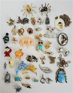 Vintage Lot Of Animals And Whimsical Brooches