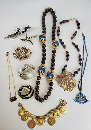 Designer Vintage Jewelry Lot Of 10