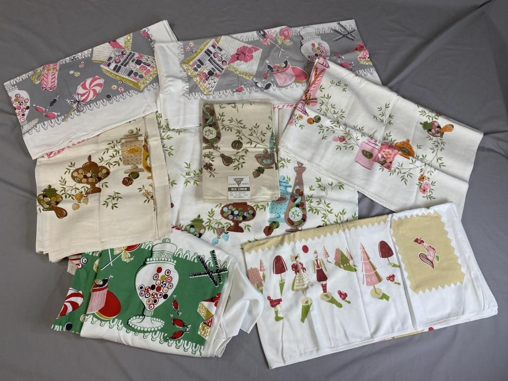 8 Candy Themed Vintage Tablecloths, Linen & Cotton