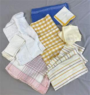 Group of Vintage Table Linens