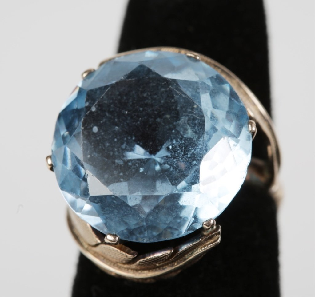 14k YG and BLUE TOPAZ LADIES COCKTAIL RING