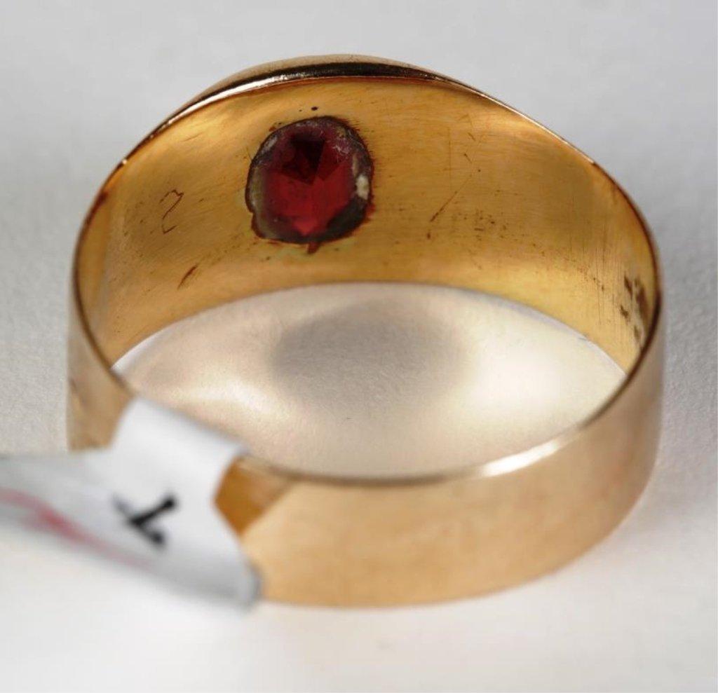 ANTIQUE GOLD BAND RING w/GARNET - 3