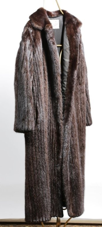 DYED MINK FUR COAT with REGULAR LENGTH SLEEVES
