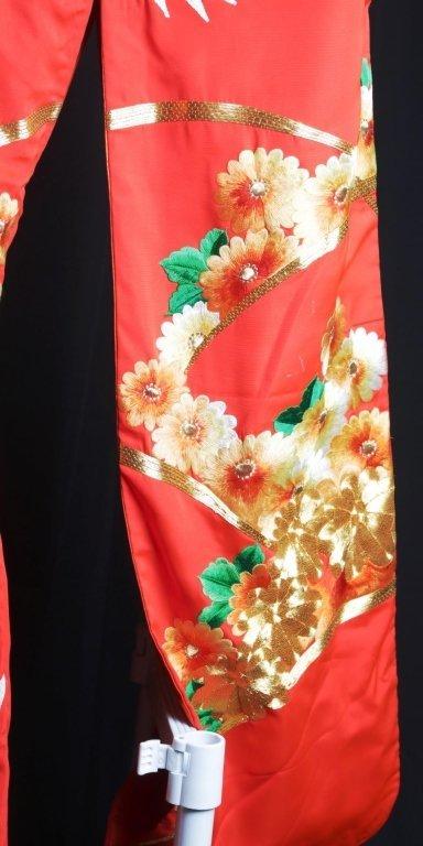 JAPANESE WEDDING KIMONO - 10