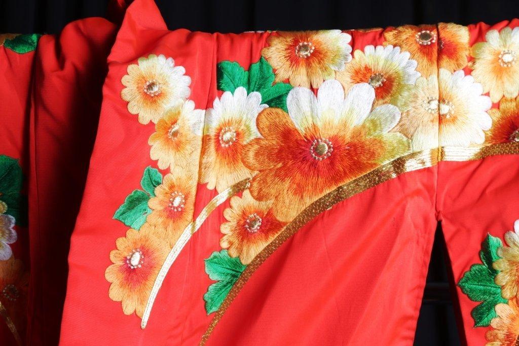 JAPANESE WEDDING KIMONO - 5