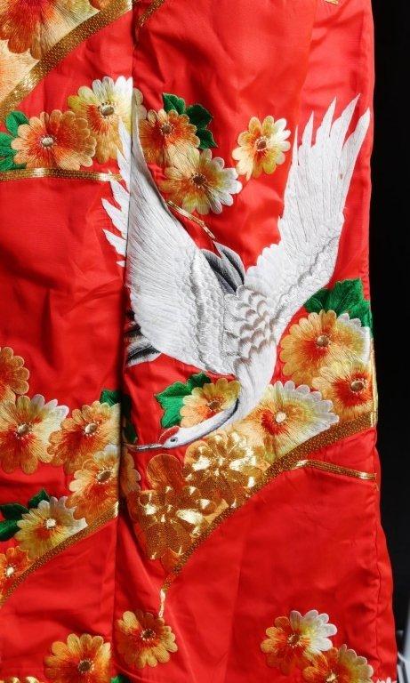 JAPANESE WEDDING KIMONO - 7