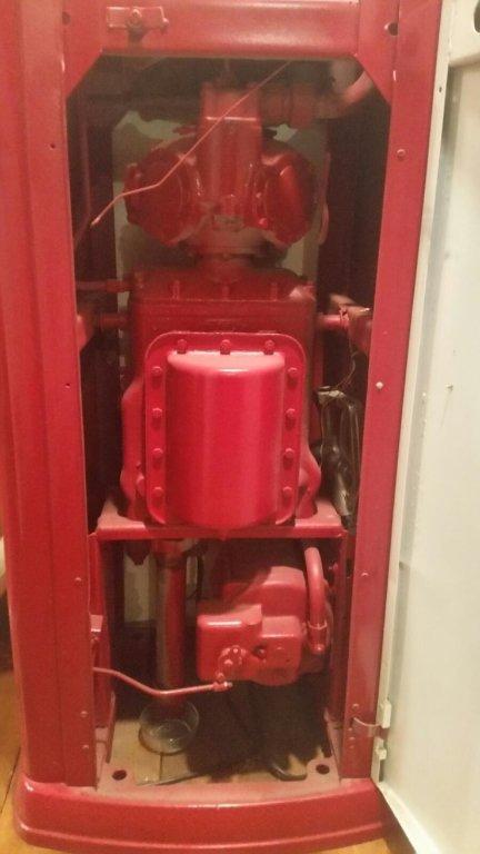 RED CROWN ANTIQUE GAS PUMP, BENNETT #646 - 5