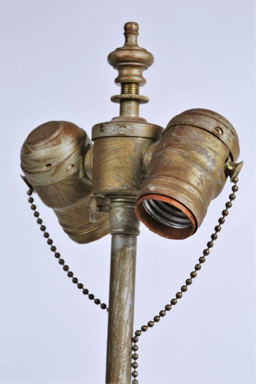 PAIR OF ORIENTAL PORCELAIN LAMPS - 7