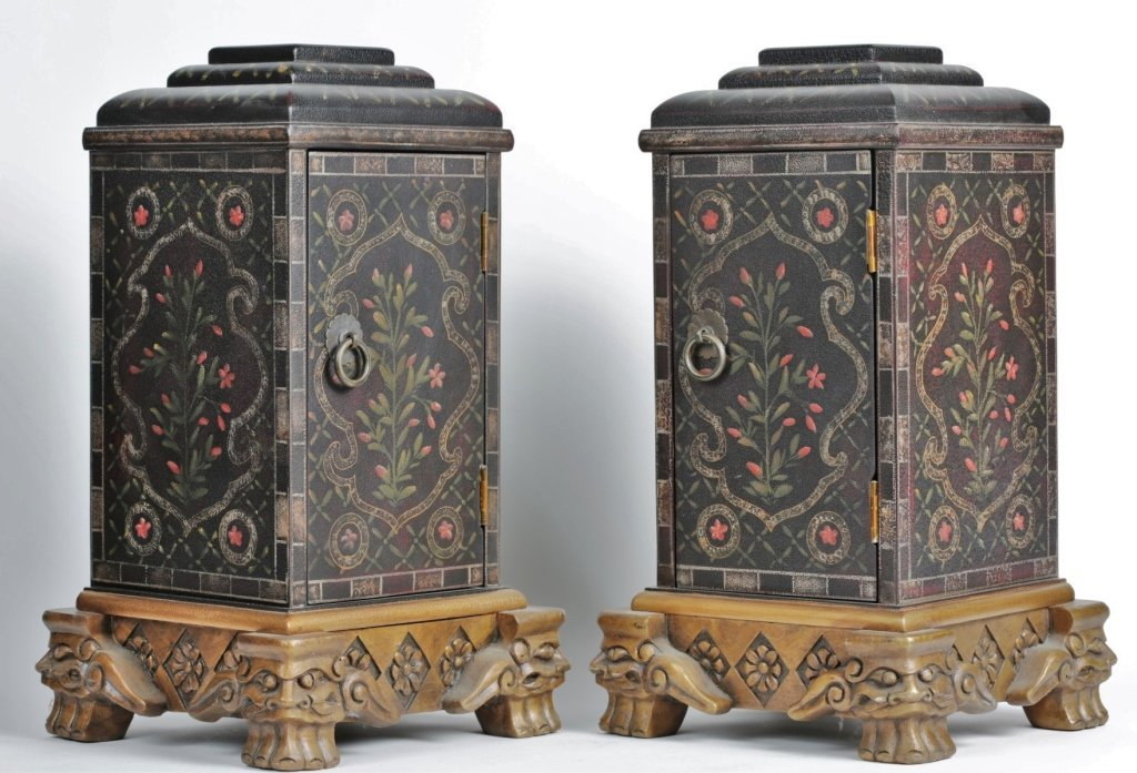 PAIR OF CHINESE PAINTED BOXES