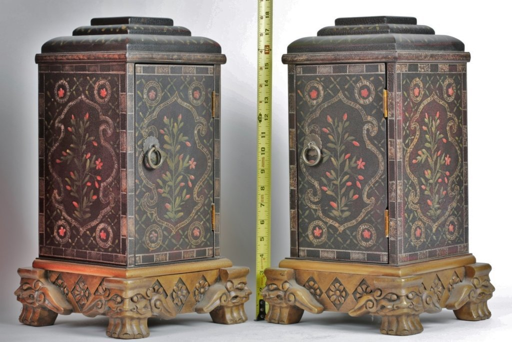 PAIR OF CHINESE PAINTED BOXES - 2