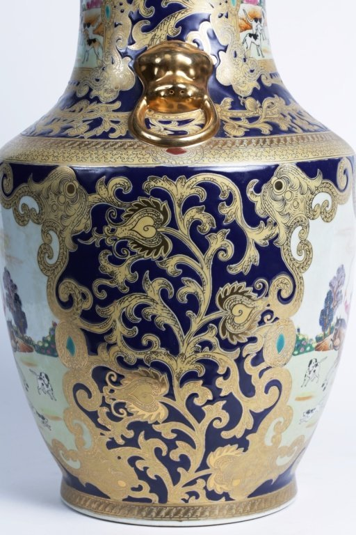 "18"" TALL CHINESE PORCELAIN URN - 4"